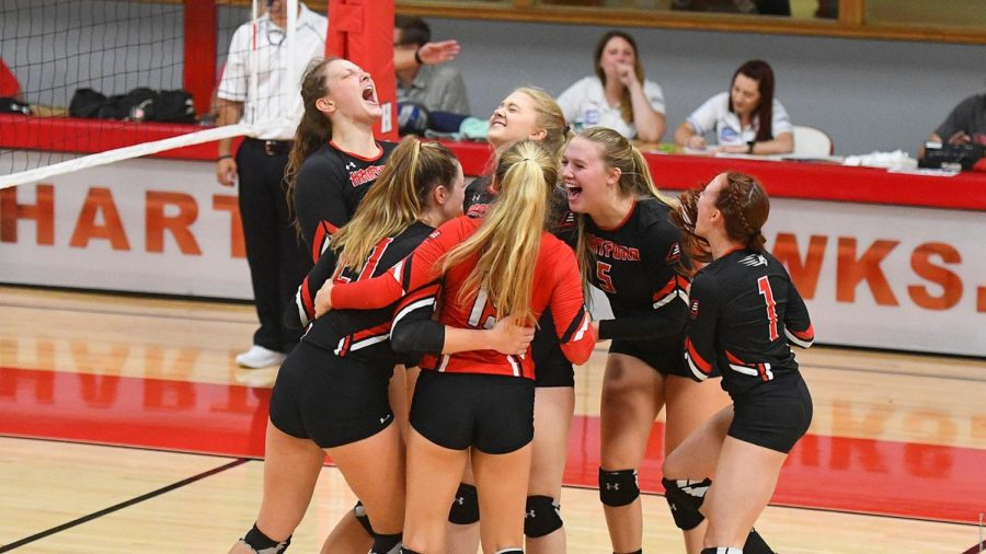 Volleyball Falls to UMBC before taking down Binghamton