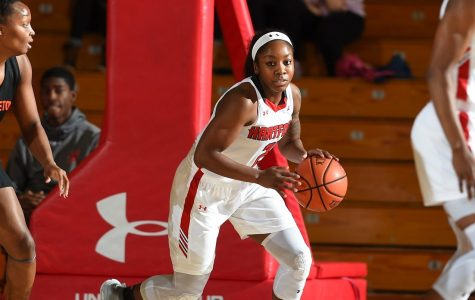 Women's basketball secures 10 straight wins