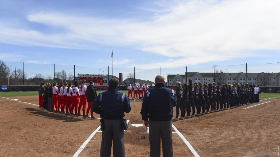 Softball drops non conference matchup