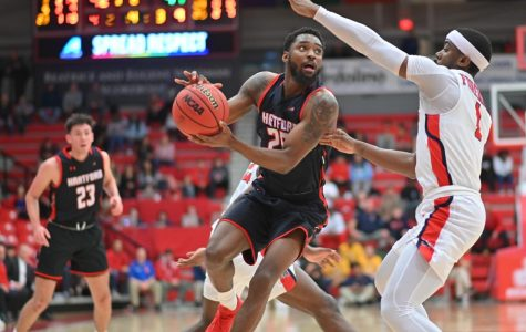 Hartford Men's Basketball advances to America East Championship